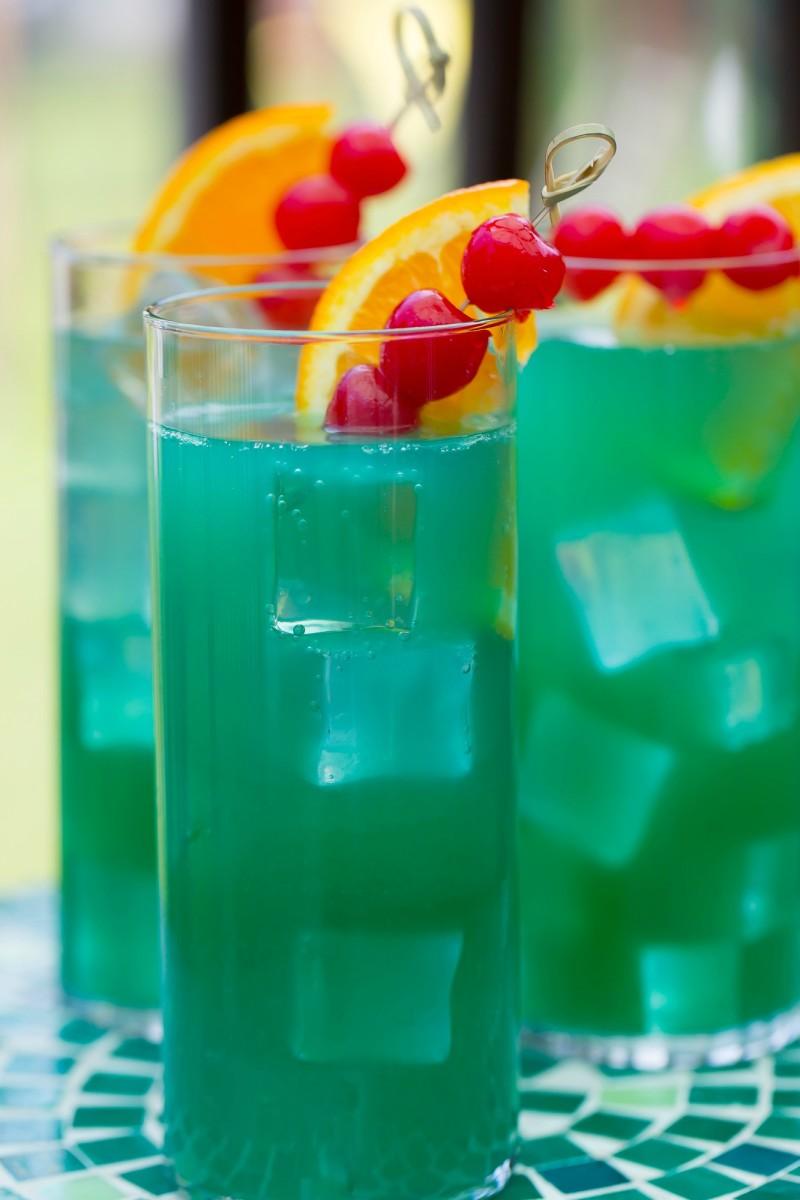 blue heat wave cocktail