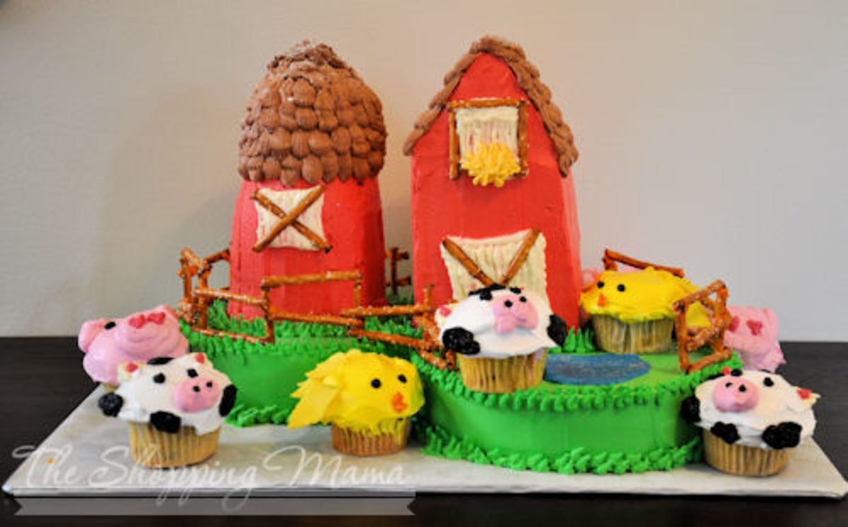 red barn farm kids birthday cake