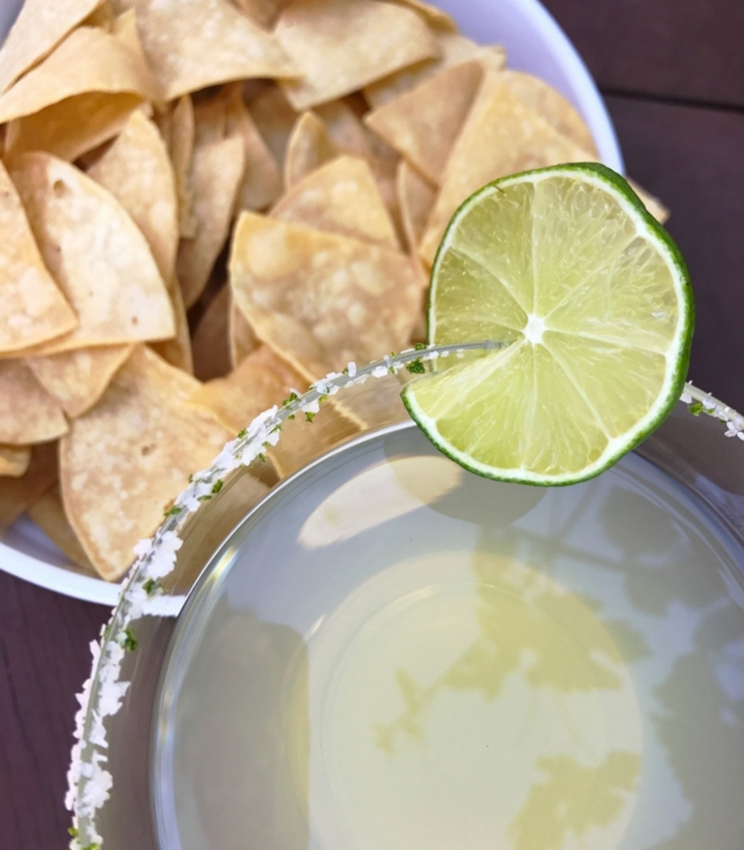 Chips and margarita