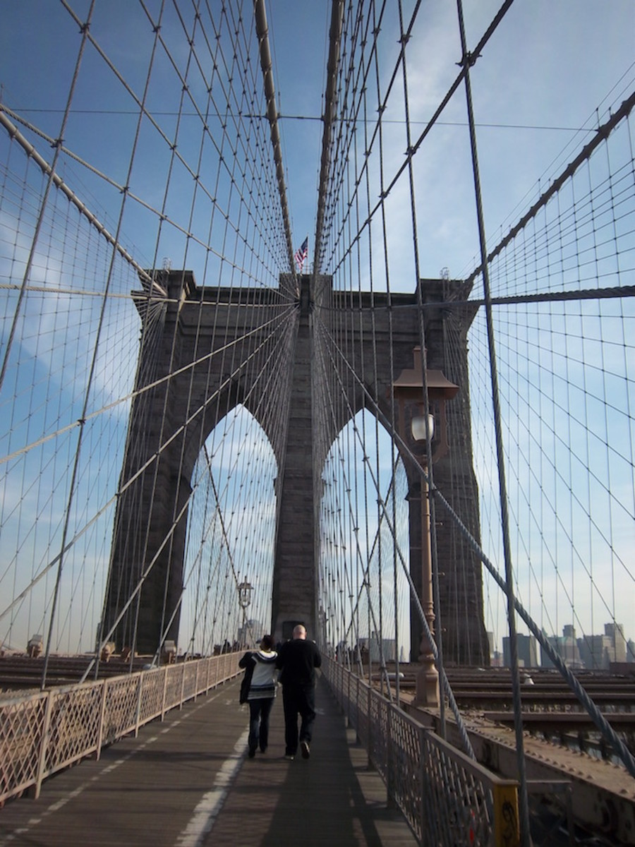 Plan your walk across the Brooklyn Bridge