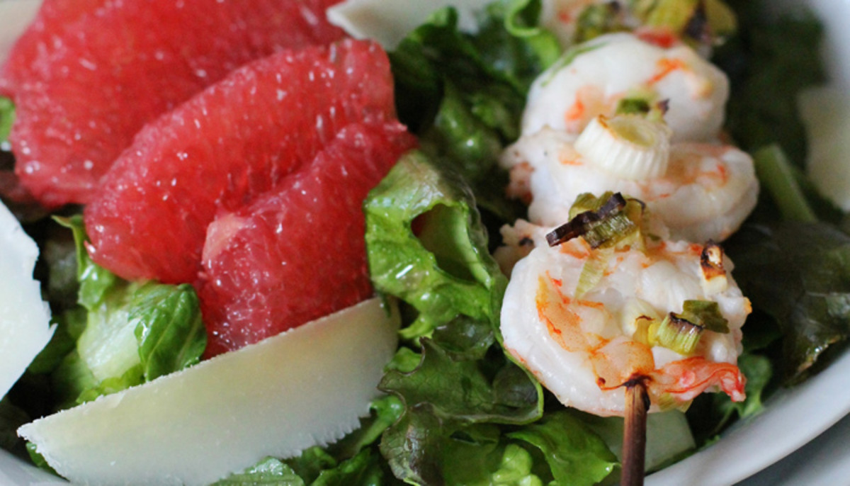 Salad-with-Red-Grapefruit-and-Shrimp_fordev