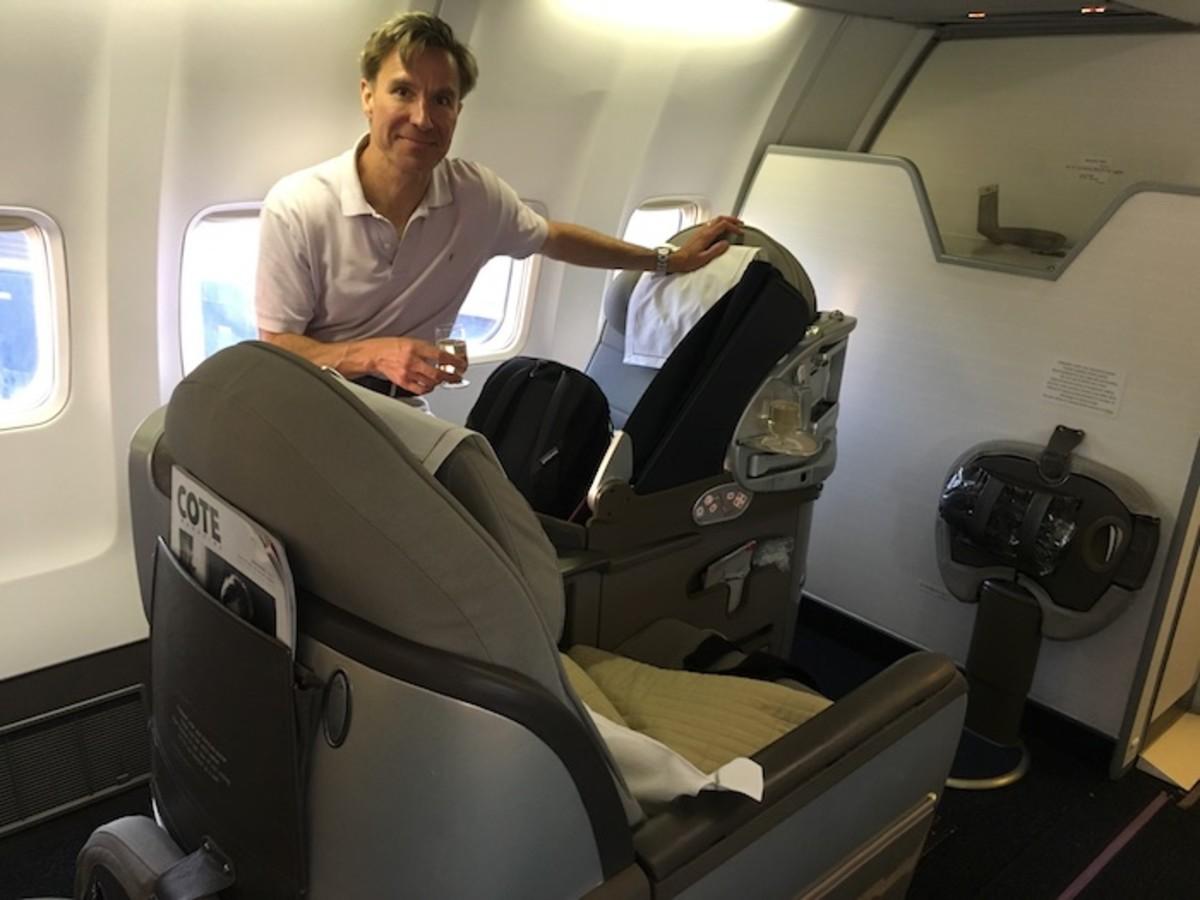 OpenSkies seating biz bed