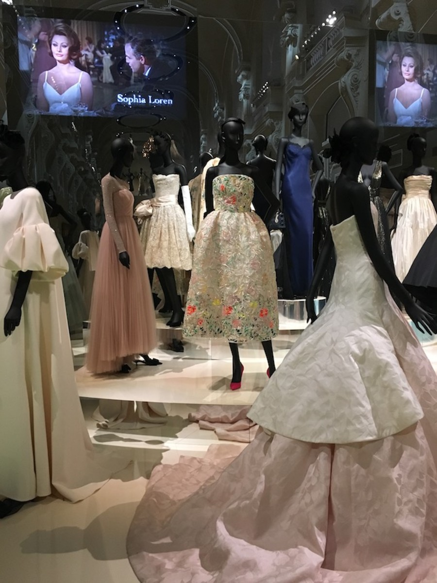 DIor exhibit Paris