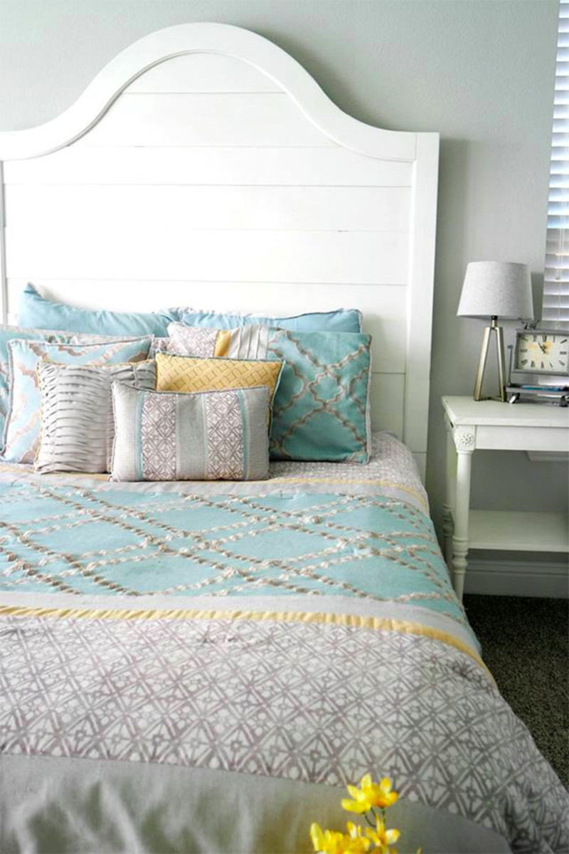 Blogger Staci Salazar's beautifully made bed.