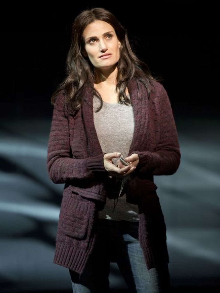 1395766716000-IDINA-MENZEL-IF-THEN-STAGE22 (1)