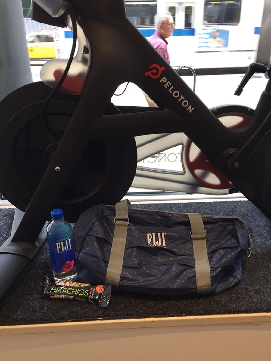 FIJIFIT gift bag