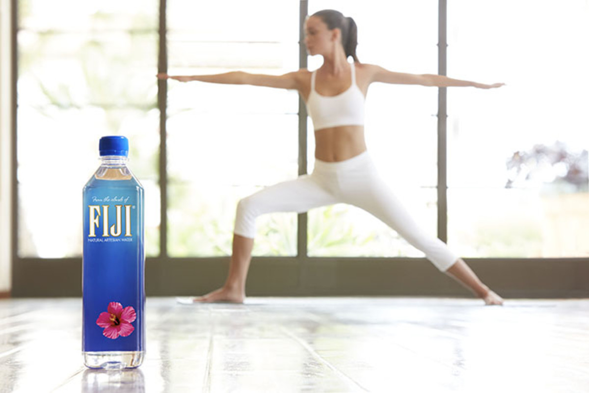 Fiji_Water_Yoga_2077