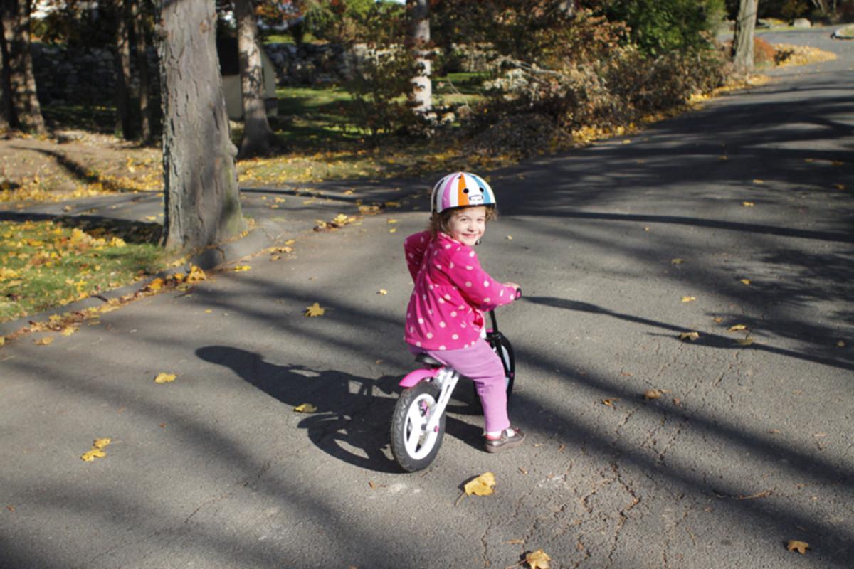 charlotte on joovy bike