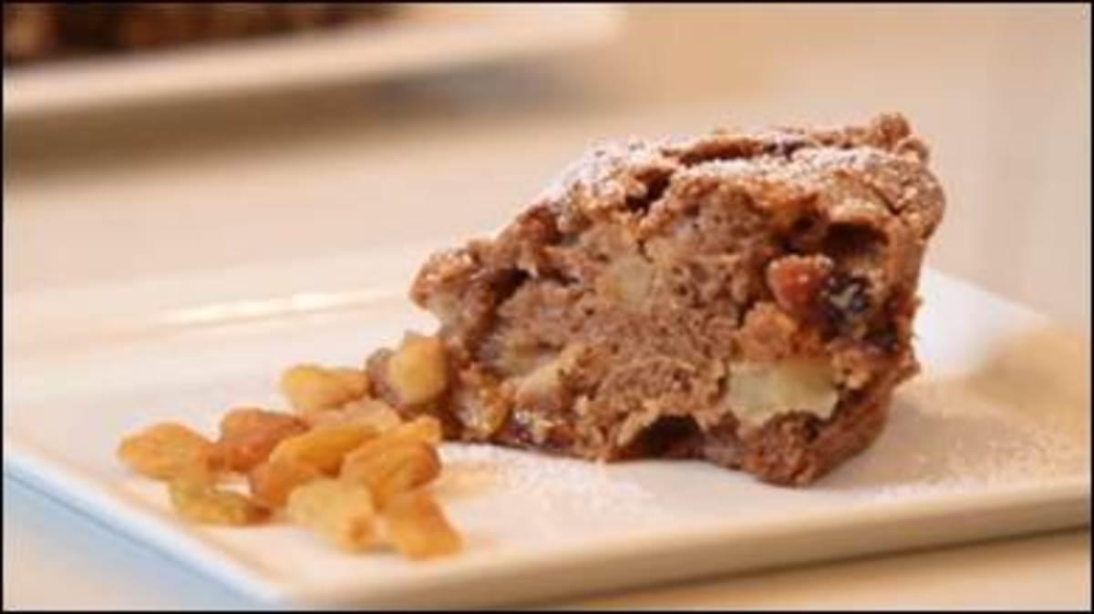 Cinnamon Spiced Apple Cake