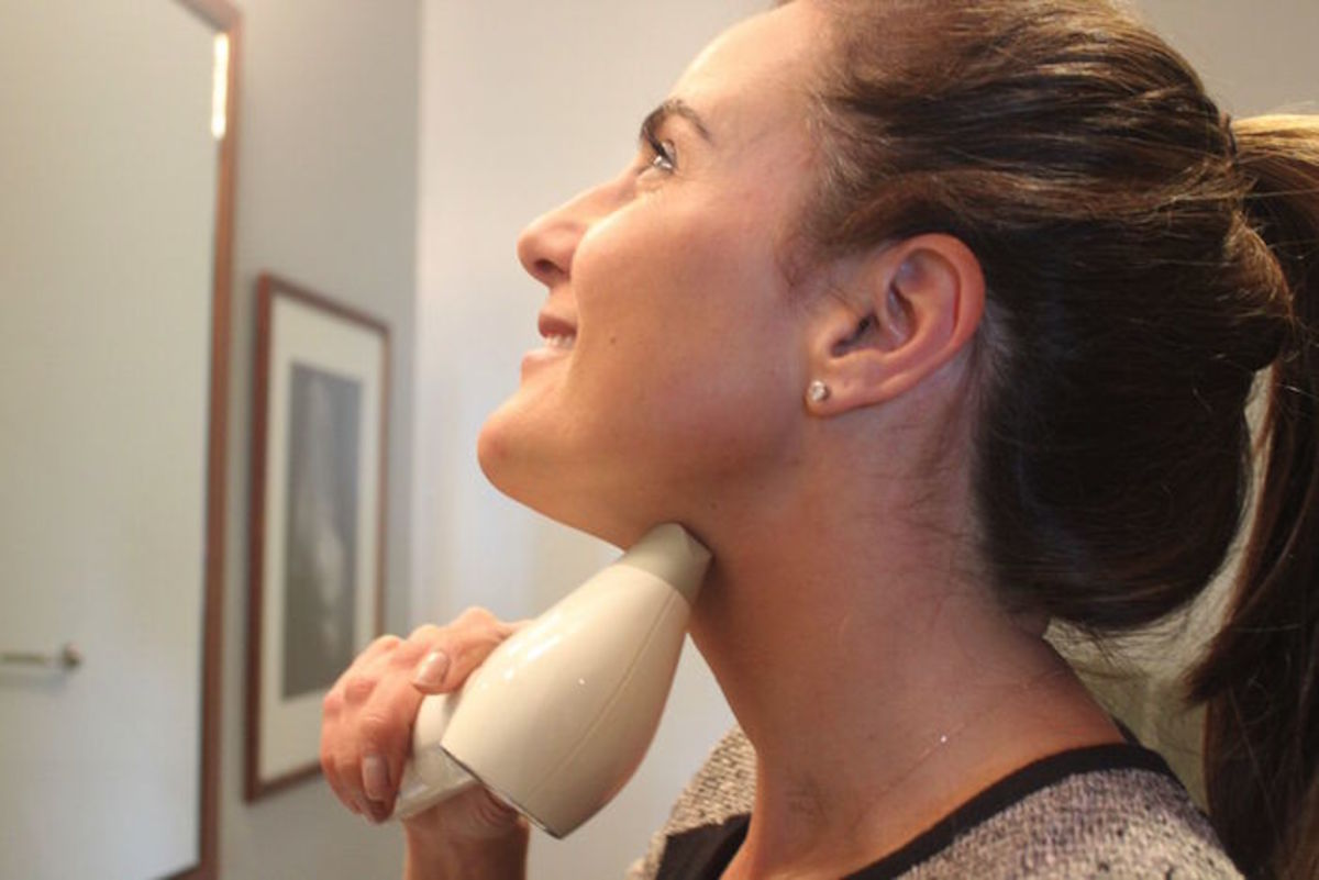 Conture Kinetic Skin Toning System Cure For A Saggy Neck