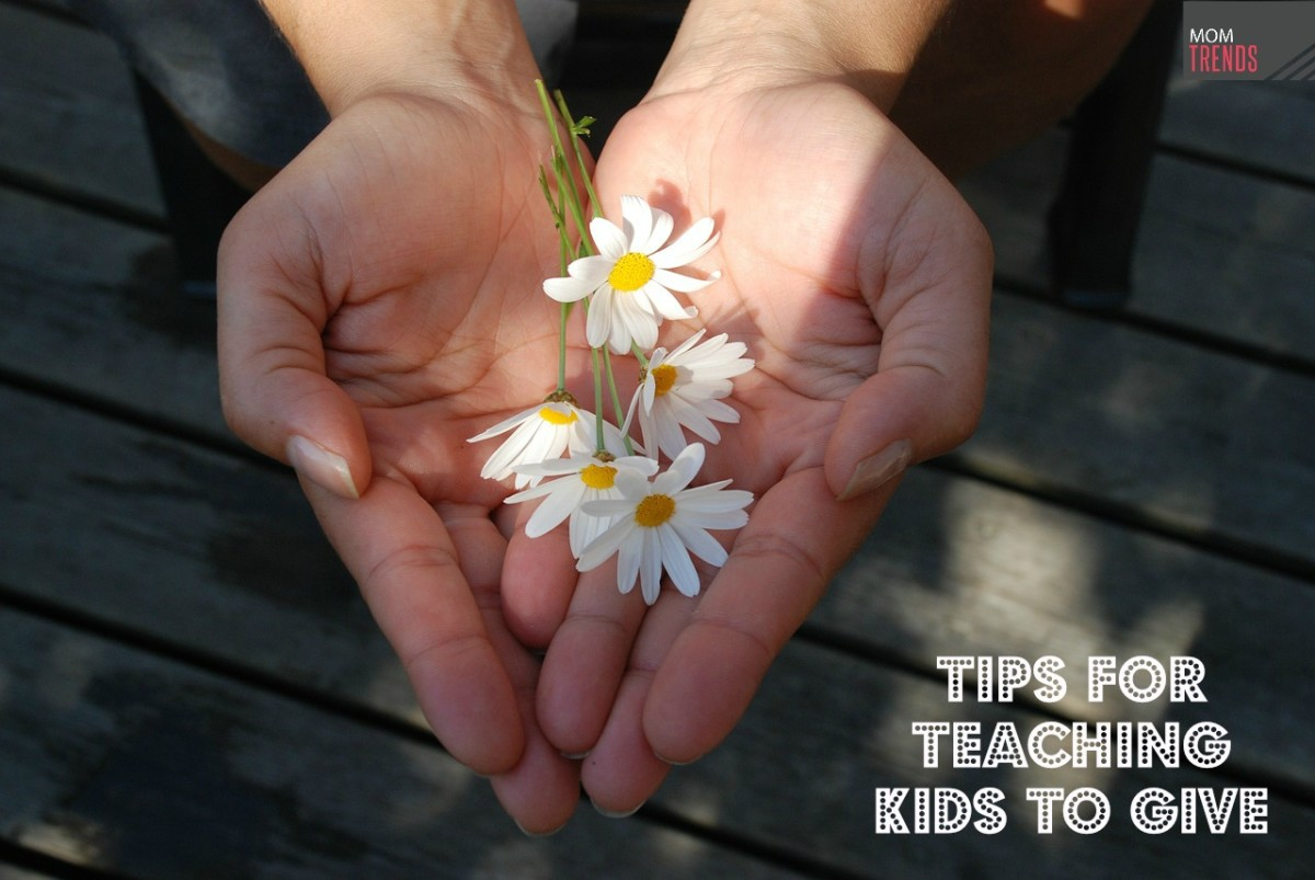 Tips for Teaching Kids to Give