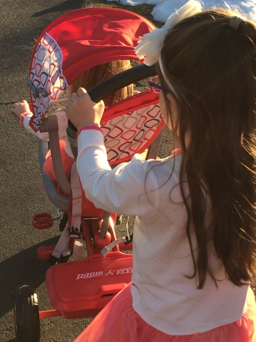 radio flyer, birthday, two