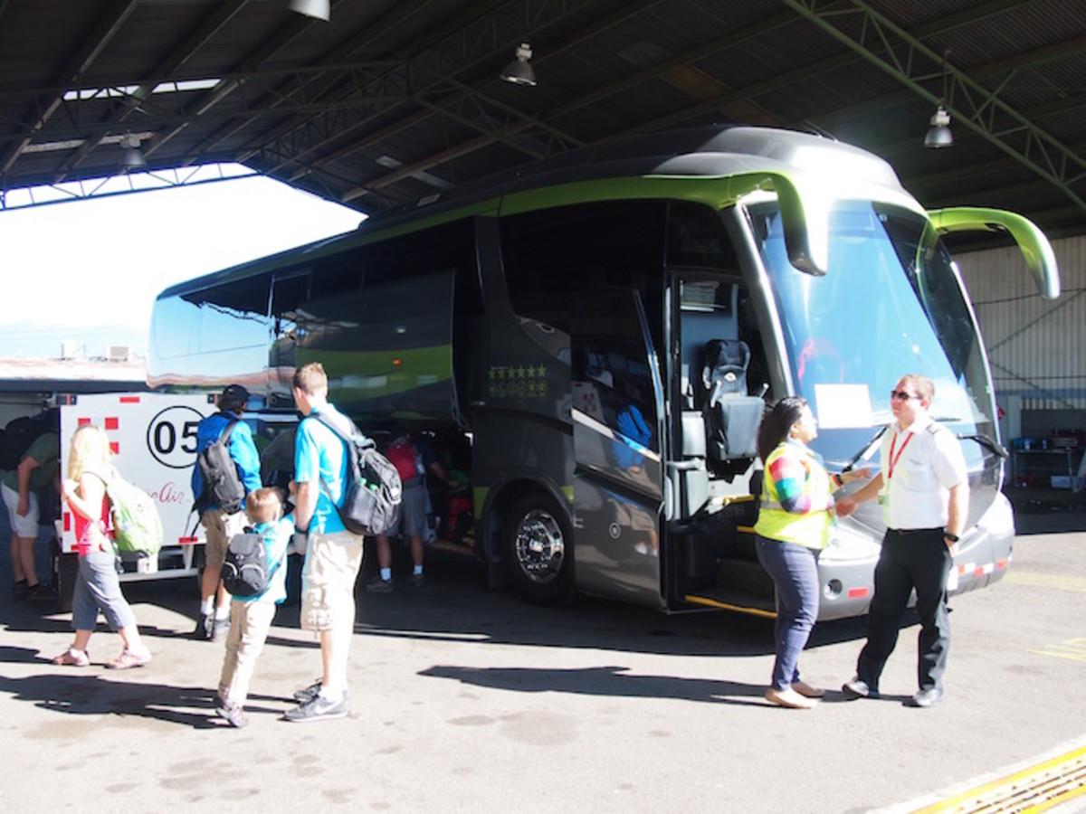 disney travel bus