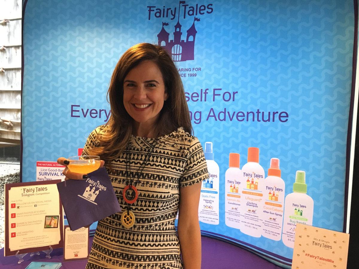 Nicole Feliciano Hosts #FairyTaleMix