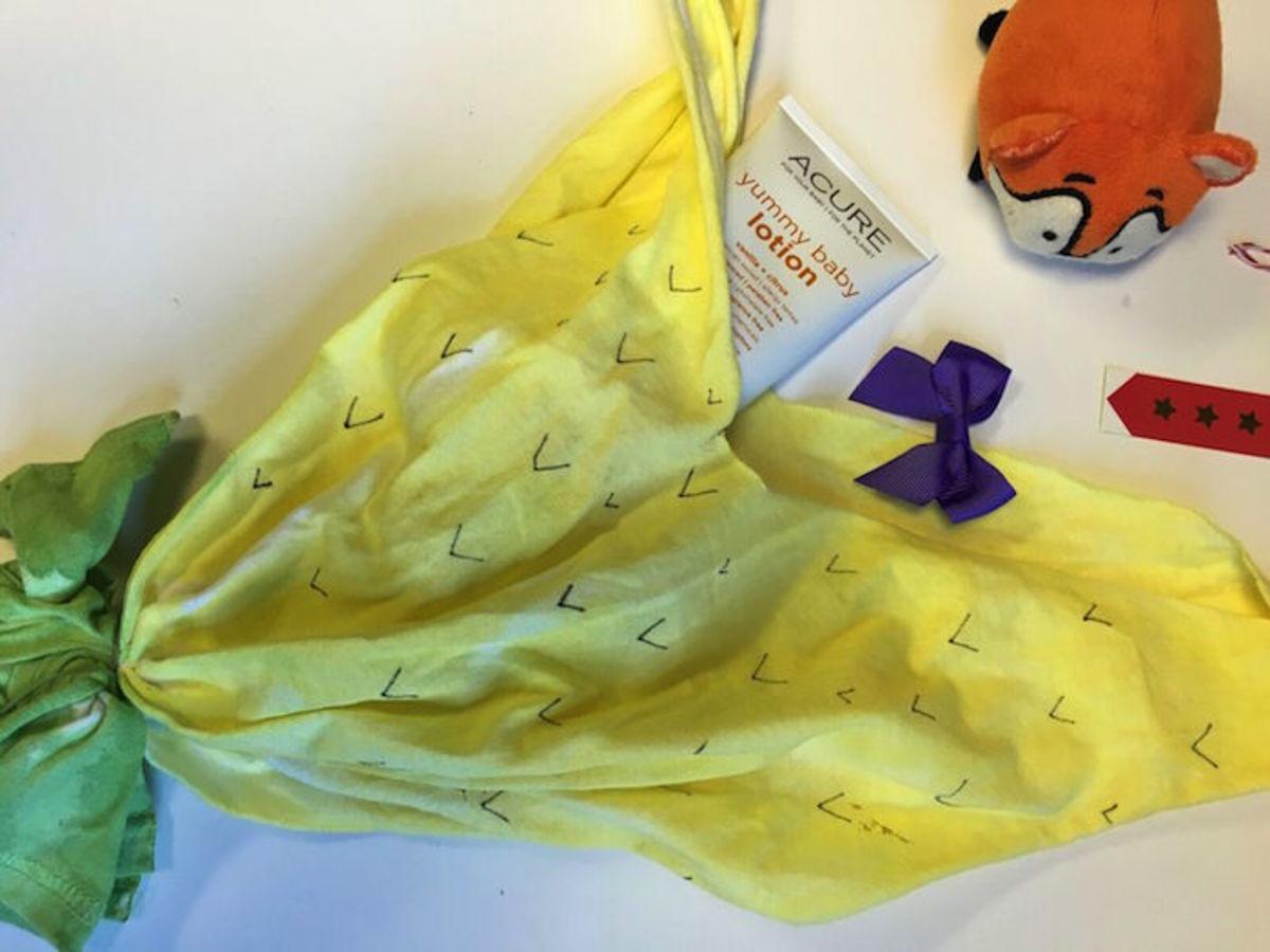 pineapple t shirt bag