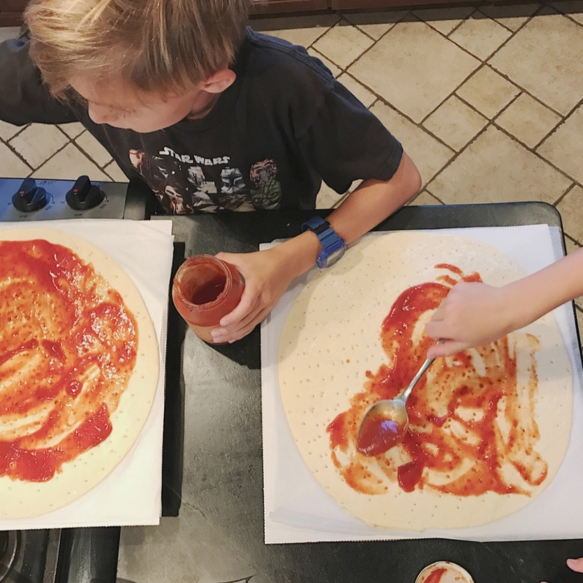 DIY Pizza with the Kids