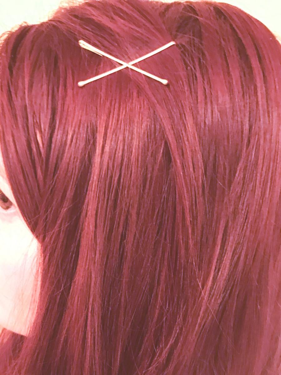 simple-hair-diy-bobby-pin-style-easy