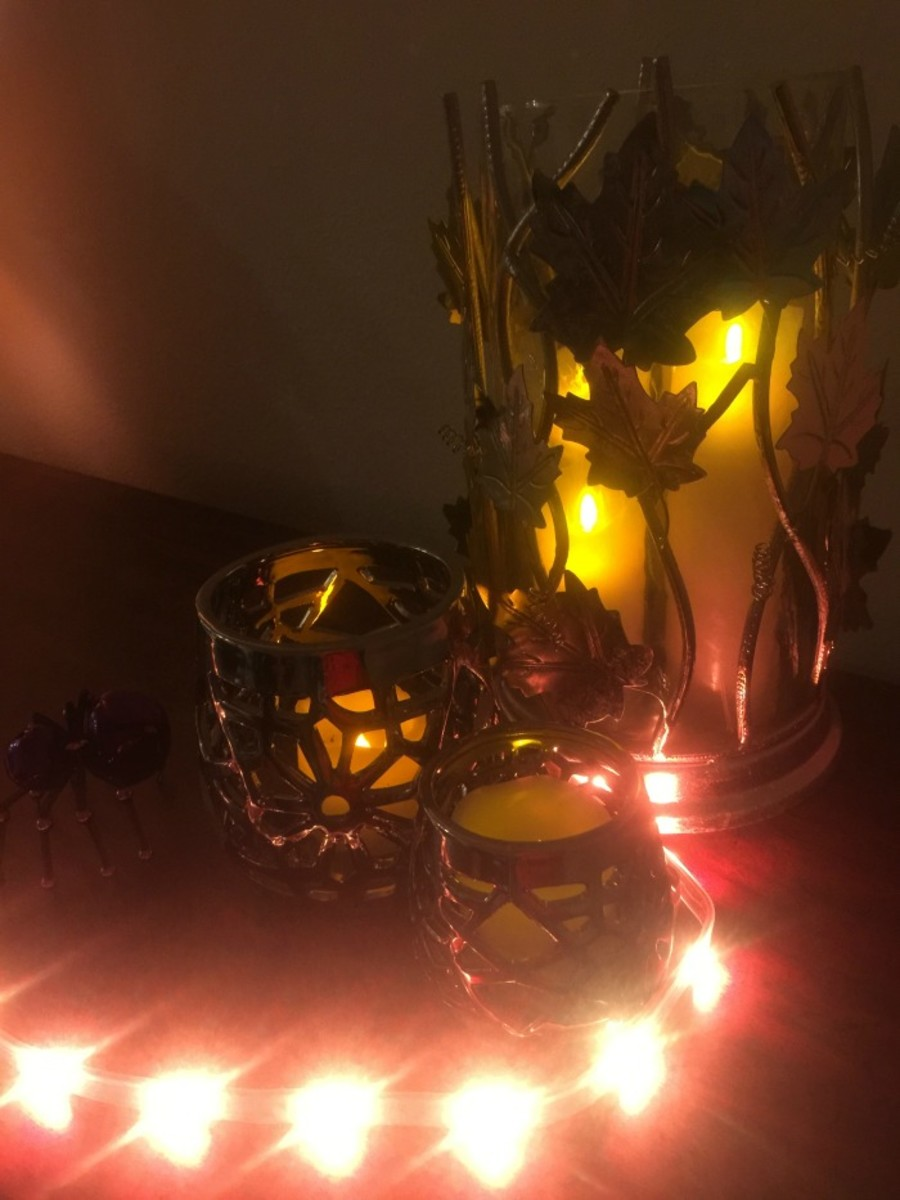 Easy halloween decorations with philips hue for Home depot halloween decorations 2016