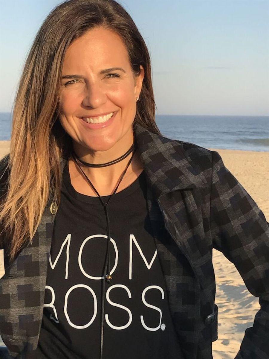 mom-boss-t-shirt-style