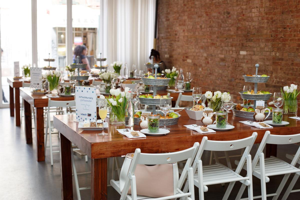 brunch tablescape