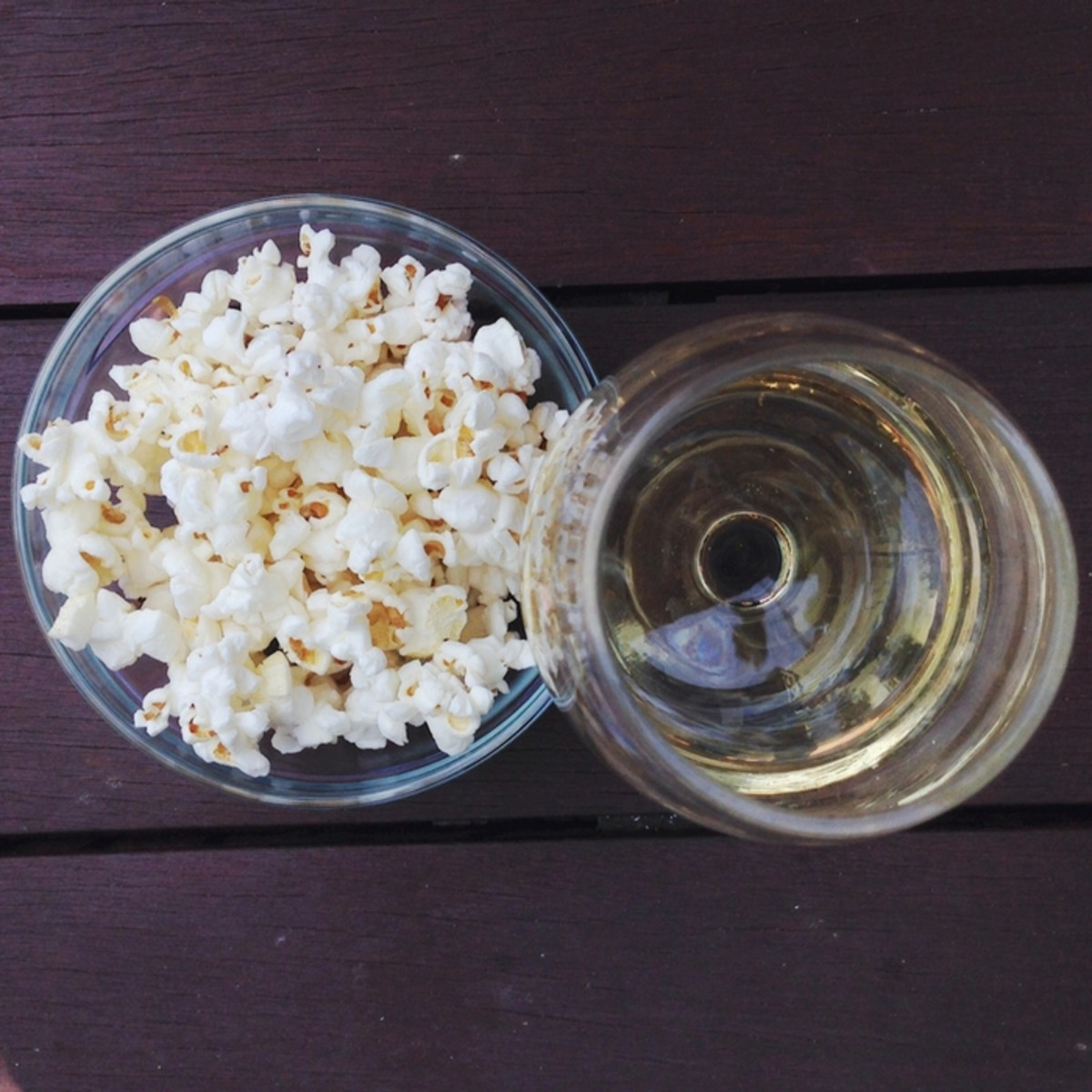 Satruday Sips: Popcorn + Wine