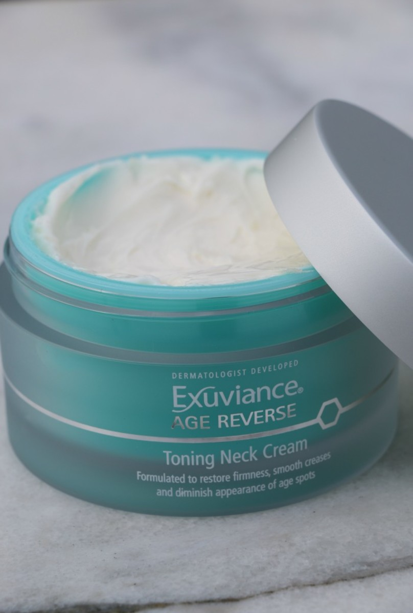 exuviance neck cream
