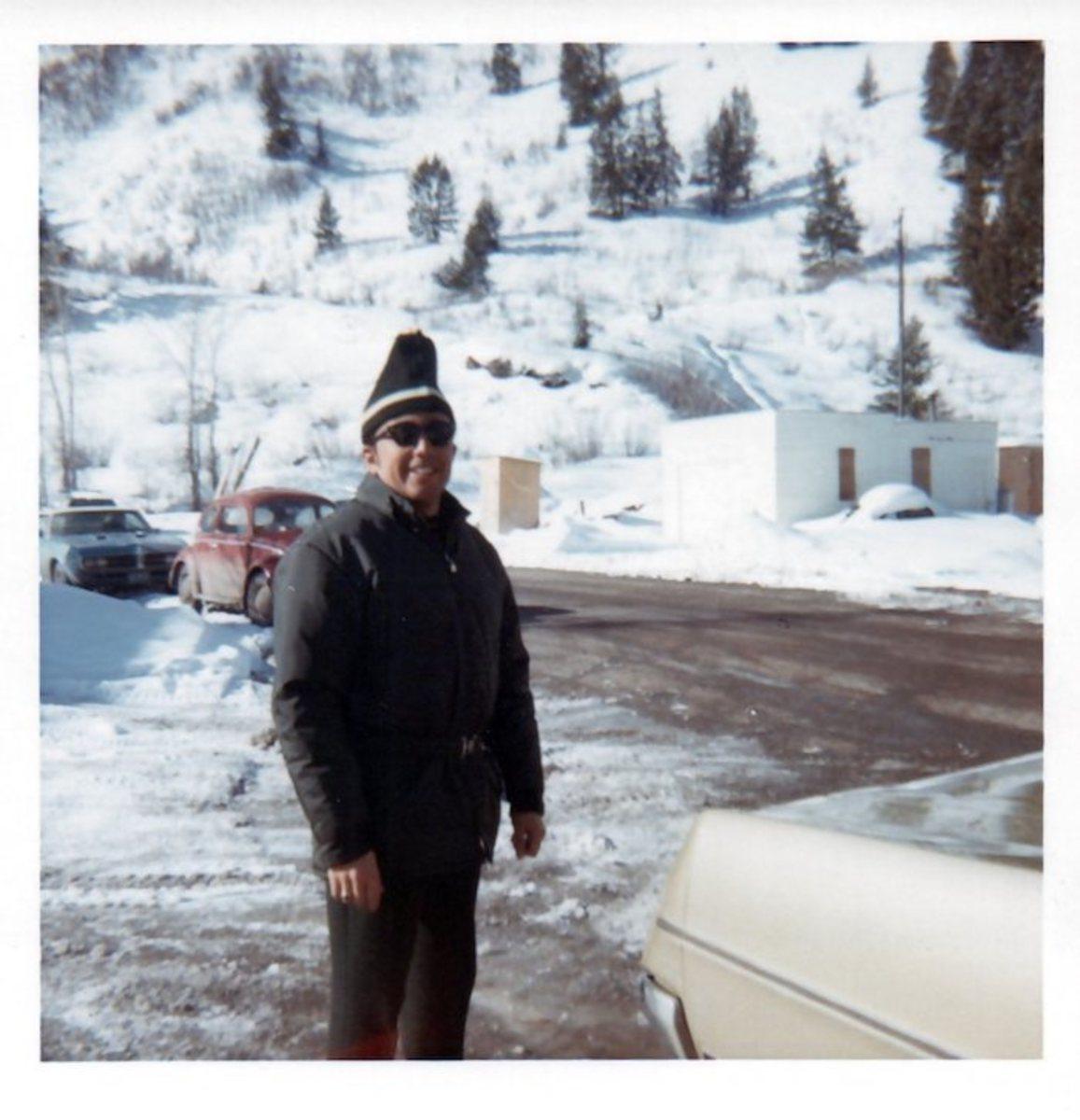 dad-skiing-1969