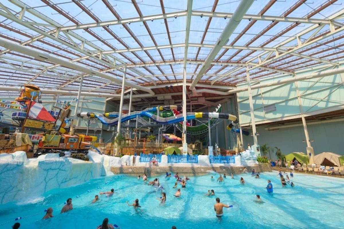 Camelback Lodge and Aquatopia Indoor Waterpark
