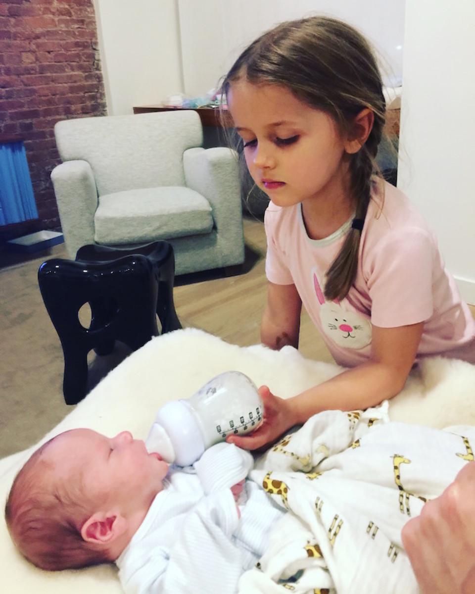 babynex feeding infant