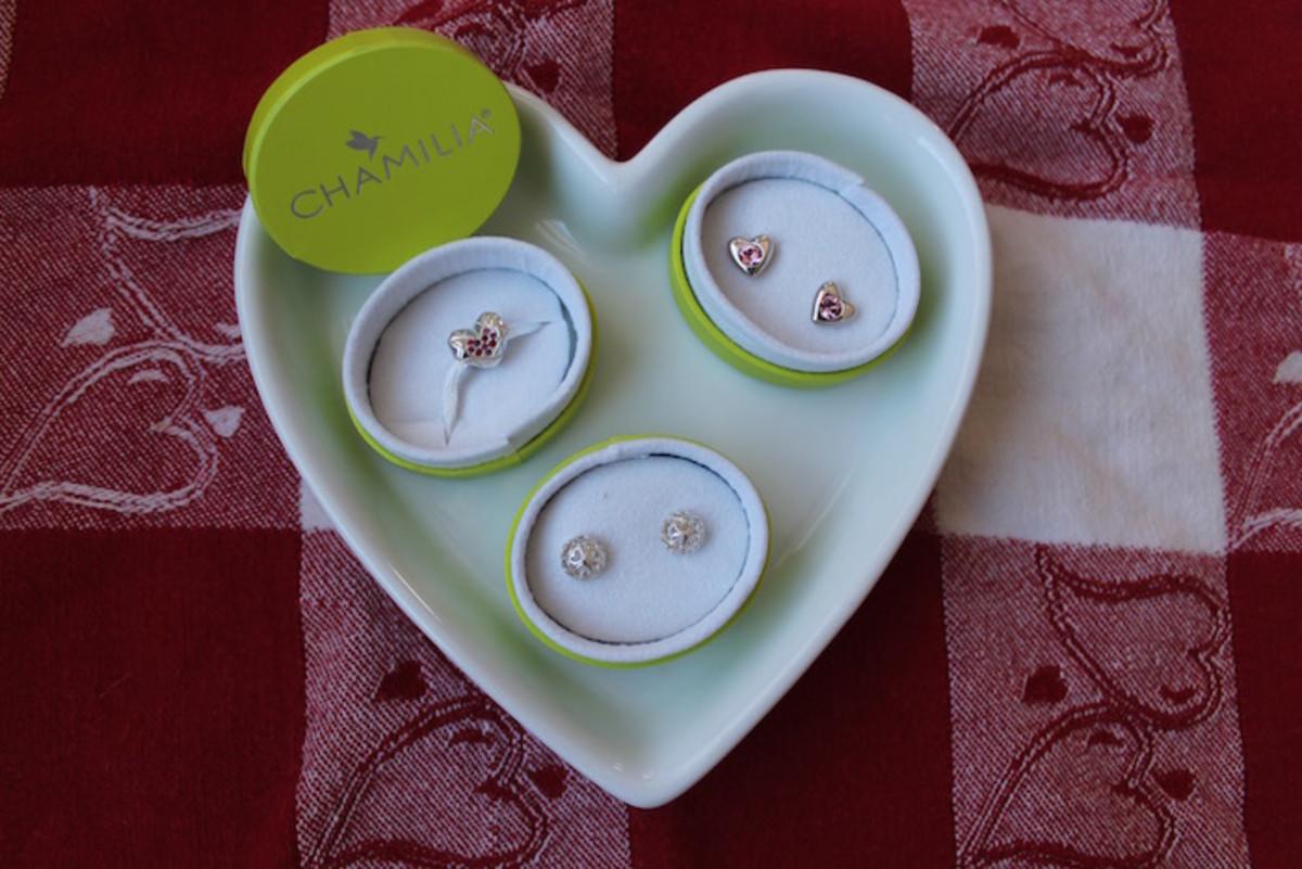 valentine's day giveaway, jewelry, chamilia, valentine's day, earrings, swarovski,