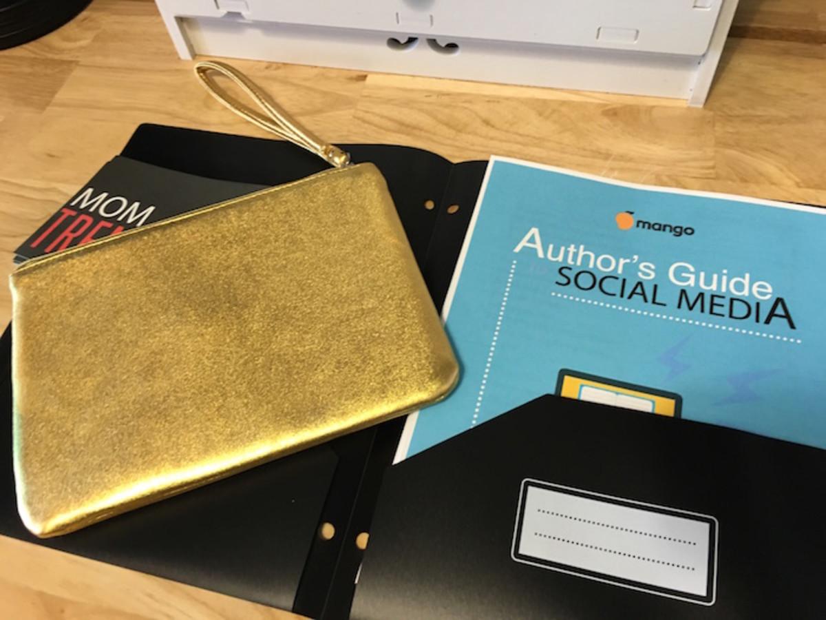 gold social media