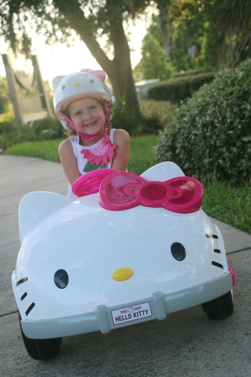 this 6 volt powered ride on vehicle is everything a hello kitty fan could dream of its actually the shape of hello kitty how cute is that