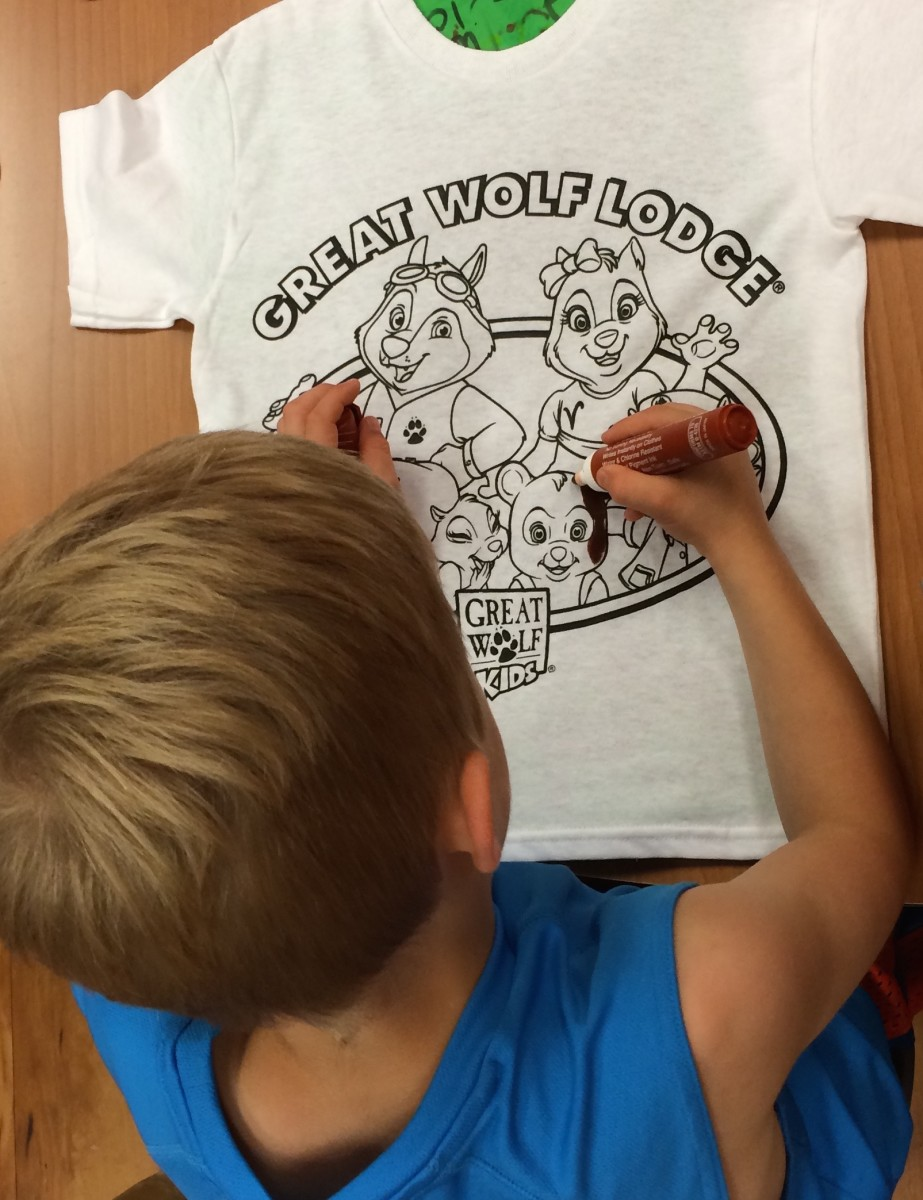 color your own tee, great wolf lodge, poconos