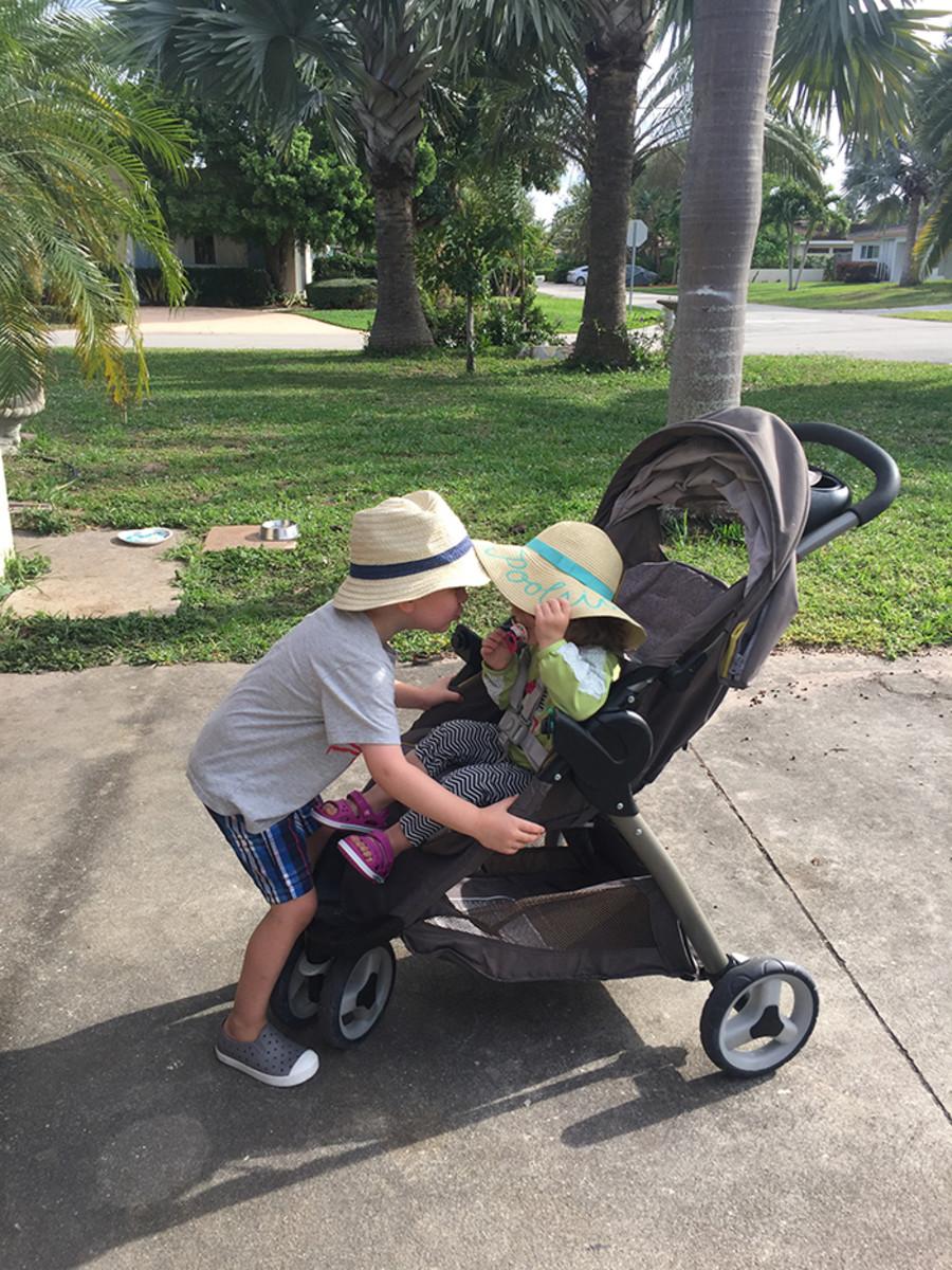 boy girl sun hats