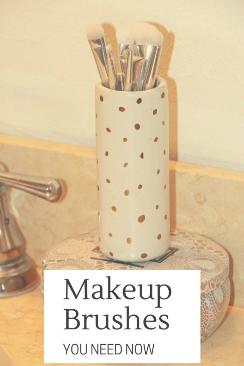 makeup brushes you need now