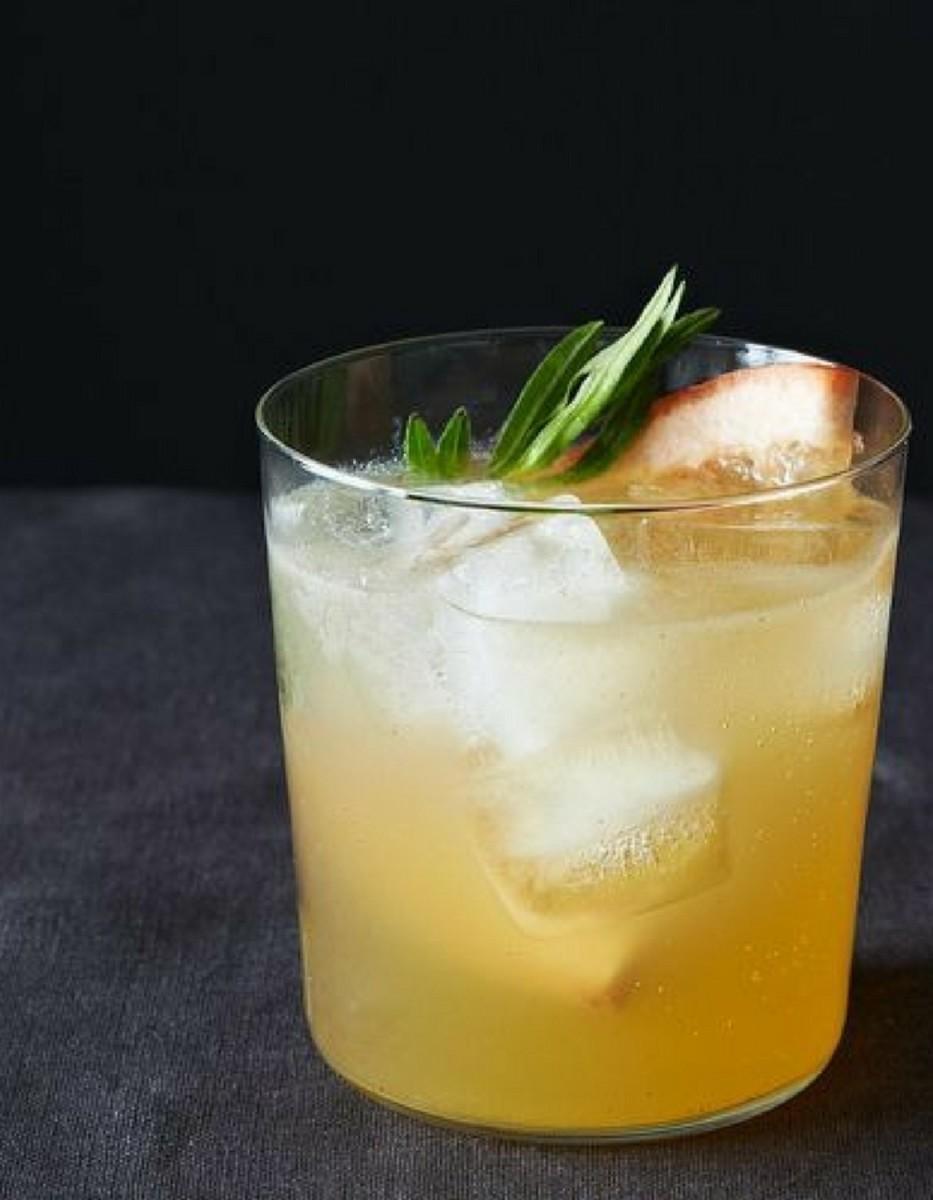 Grapefruit and Tarragon Gin and Tonic