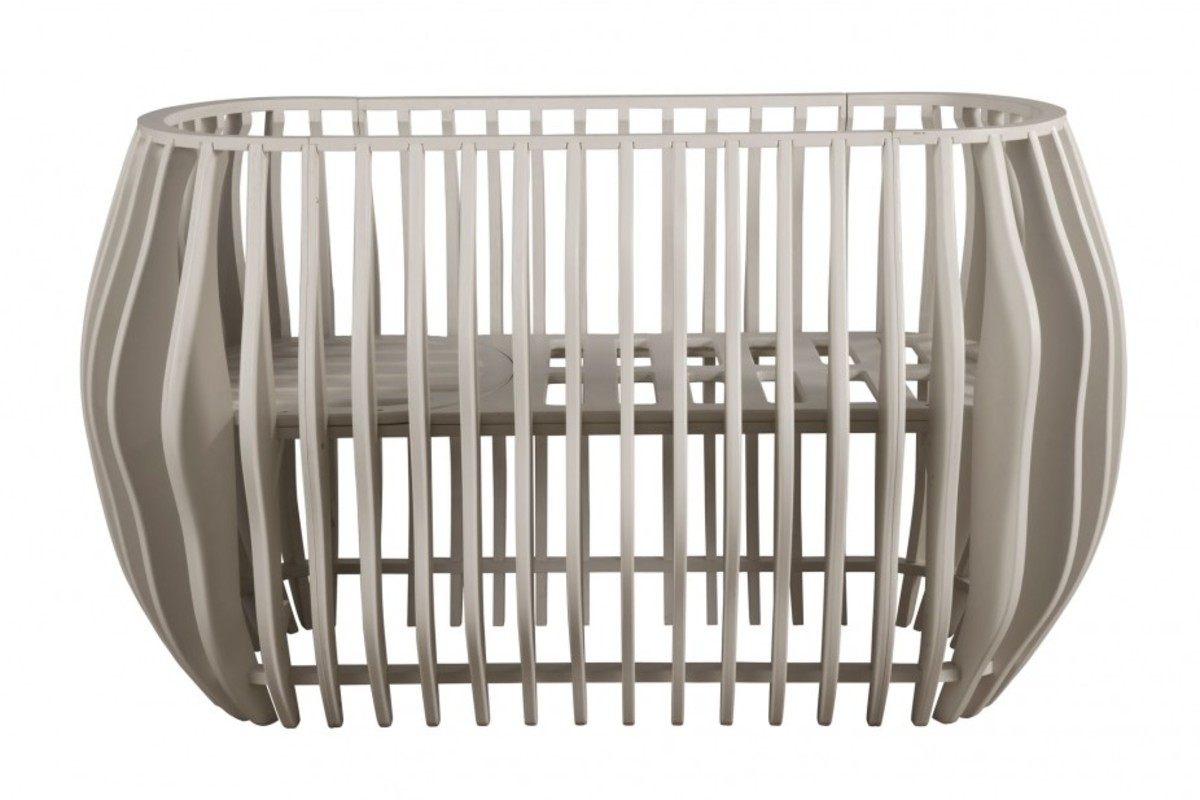 Contour Crib front