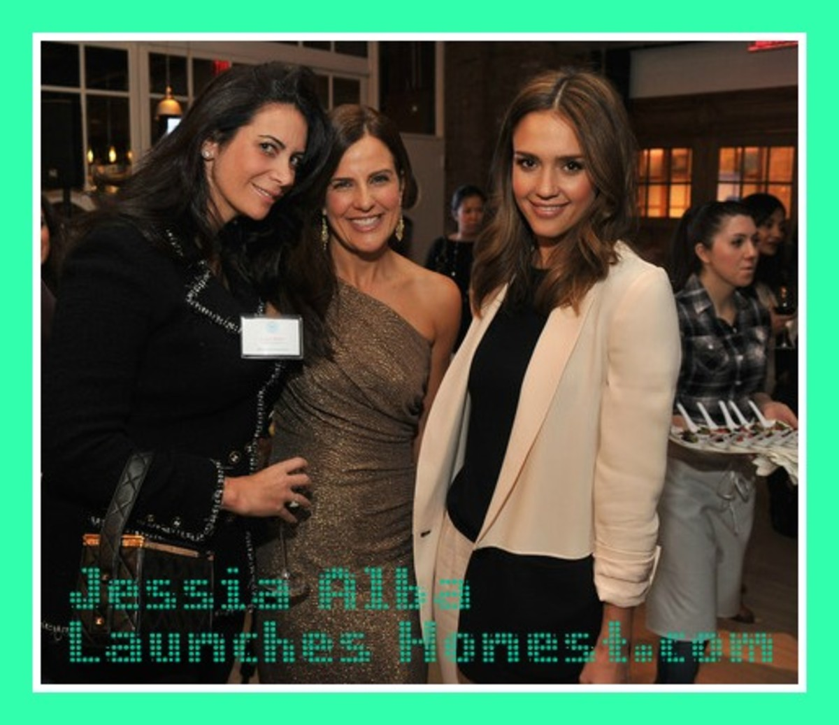 Nicole & Jessica launch2