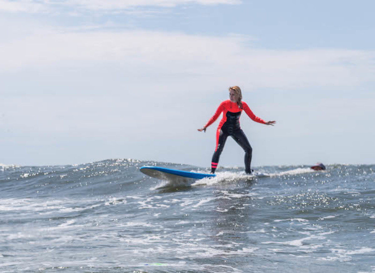 hurley surf club, surfing, sports for mom, surf lessons, professional surf club, hurley, scudding surf