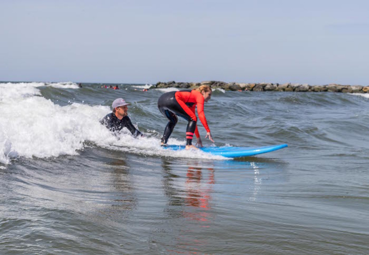 moms surfing, hurley surf club, surfing, sports for mom, surf lessons, professional surf club, hurley, skudin surf