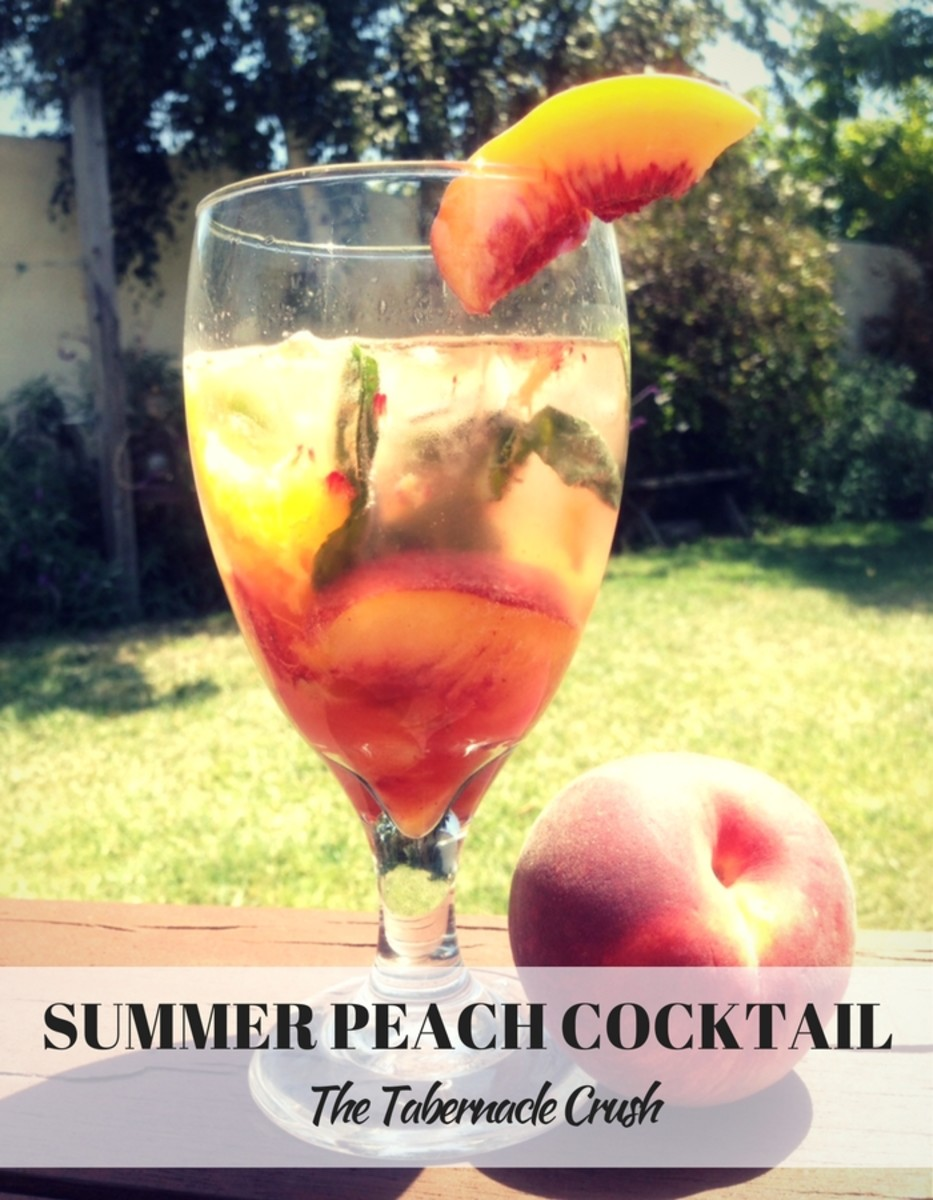 Frtesh Summer Peach Cocktail