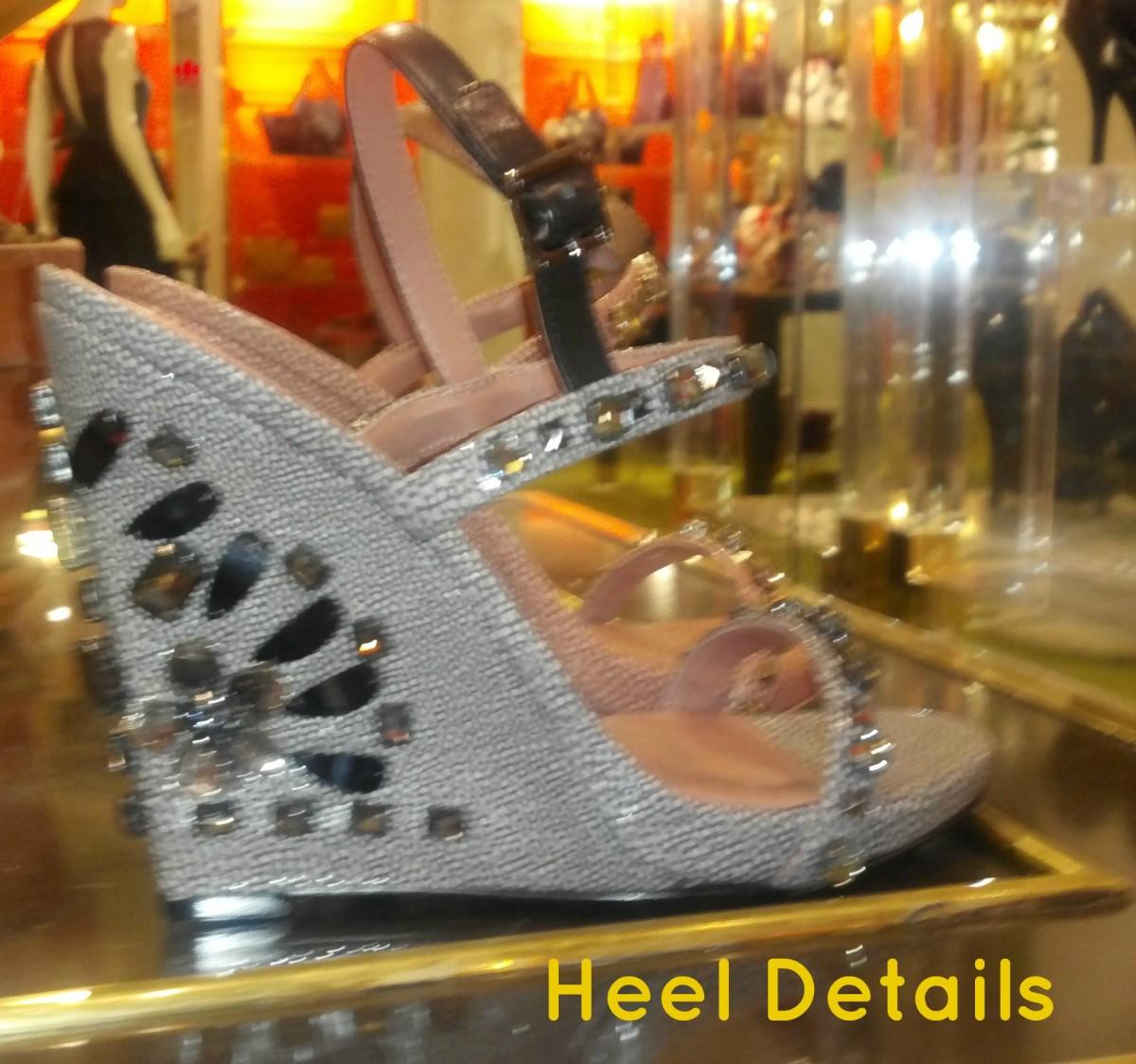 heel details 2
