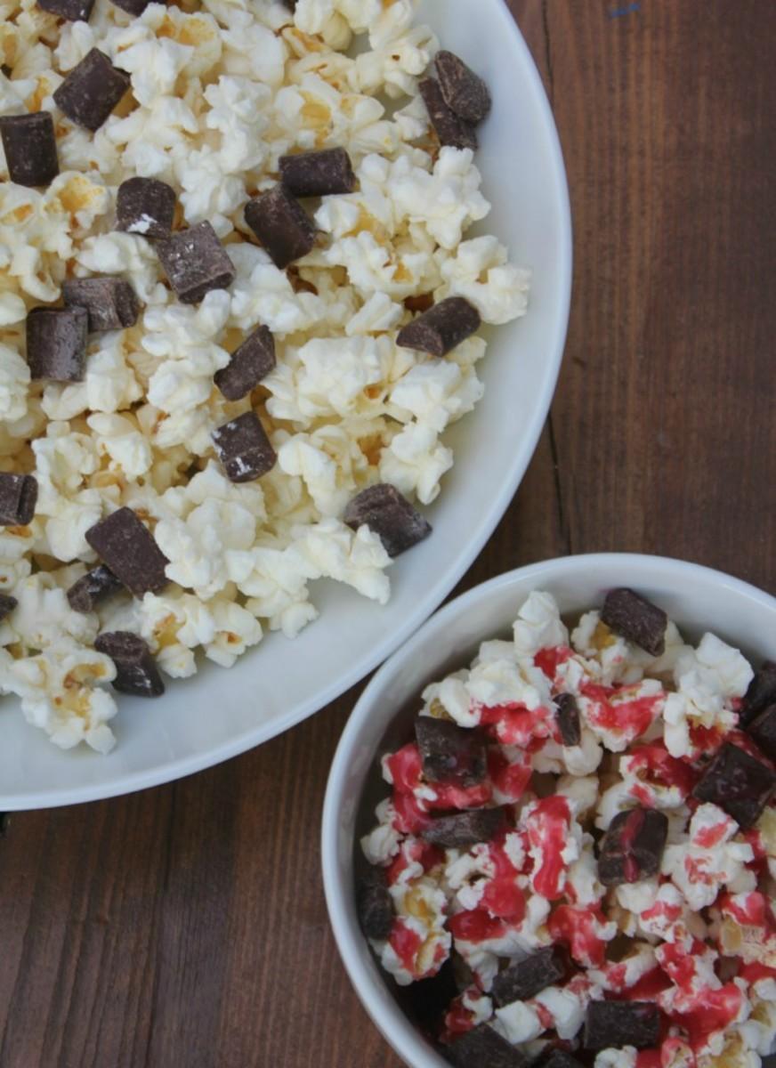 raspberry chocolate popcorn