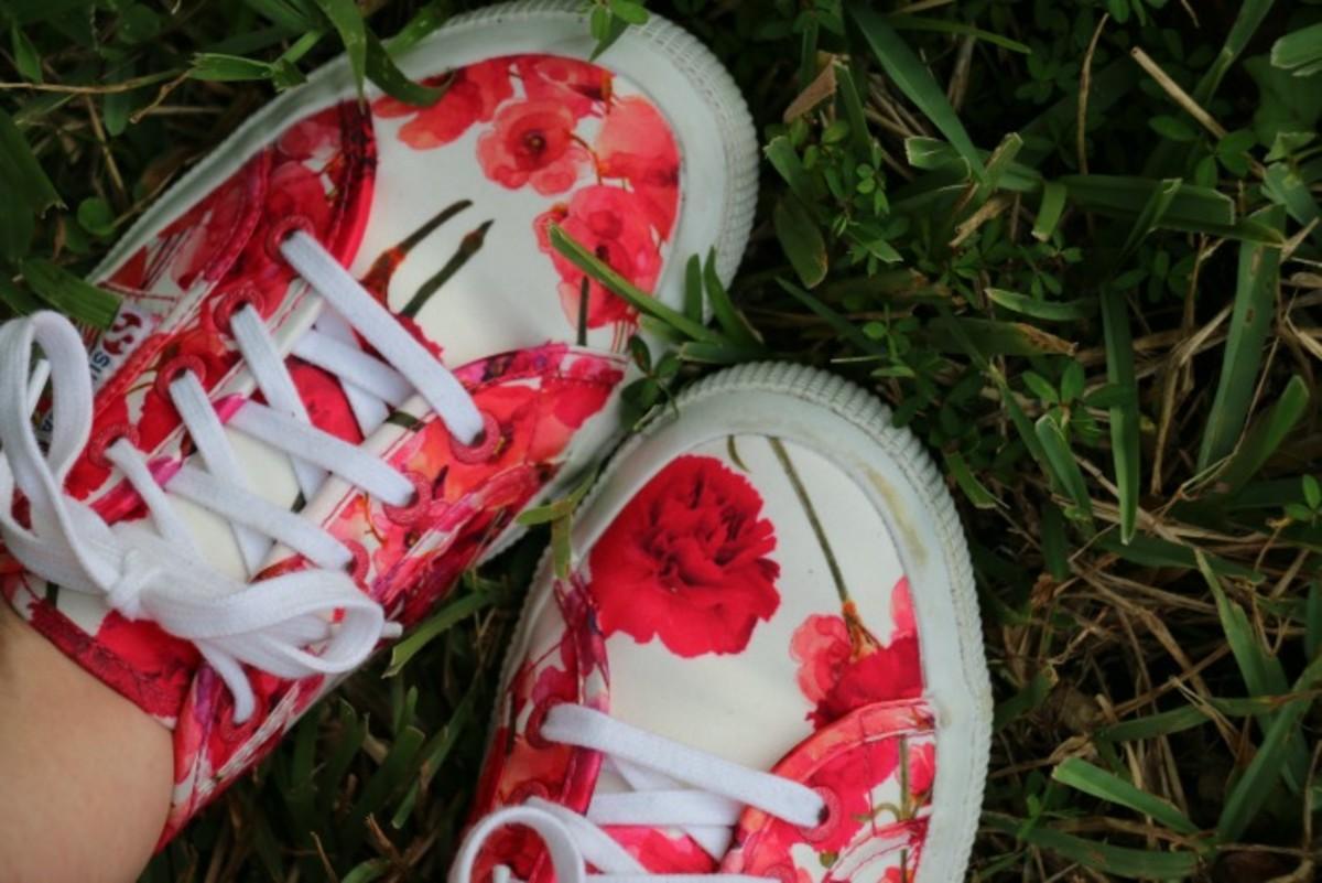 superga sneakers look
