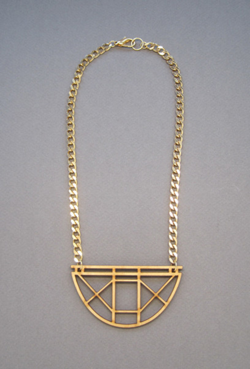 Arch_laser_cut_wood_necklace_3_grande