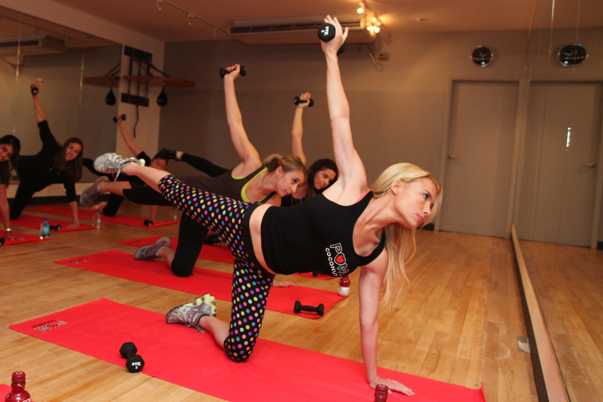 Tracy Anderson Trains With POM Coconut In NYC