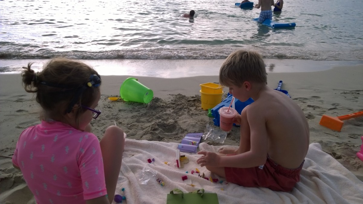 Caneel beach with kids
