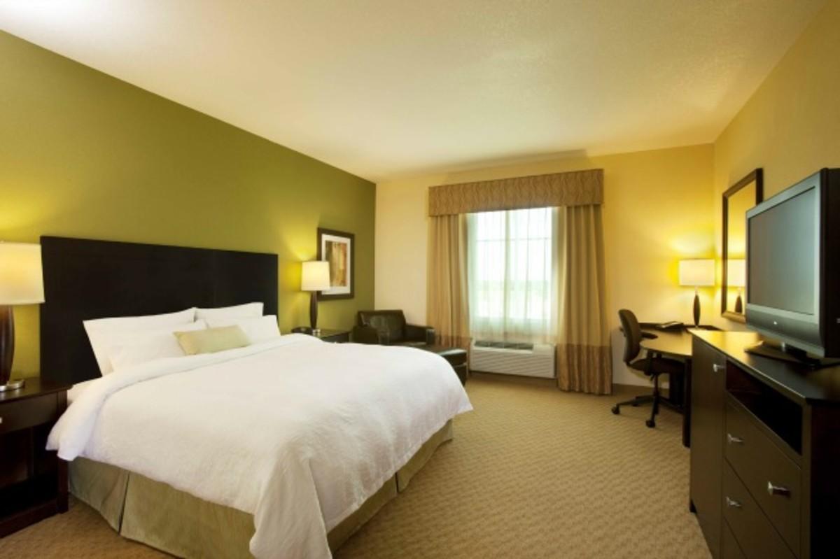 hampton hotels, holiday entertaining, giveaway, hampton
