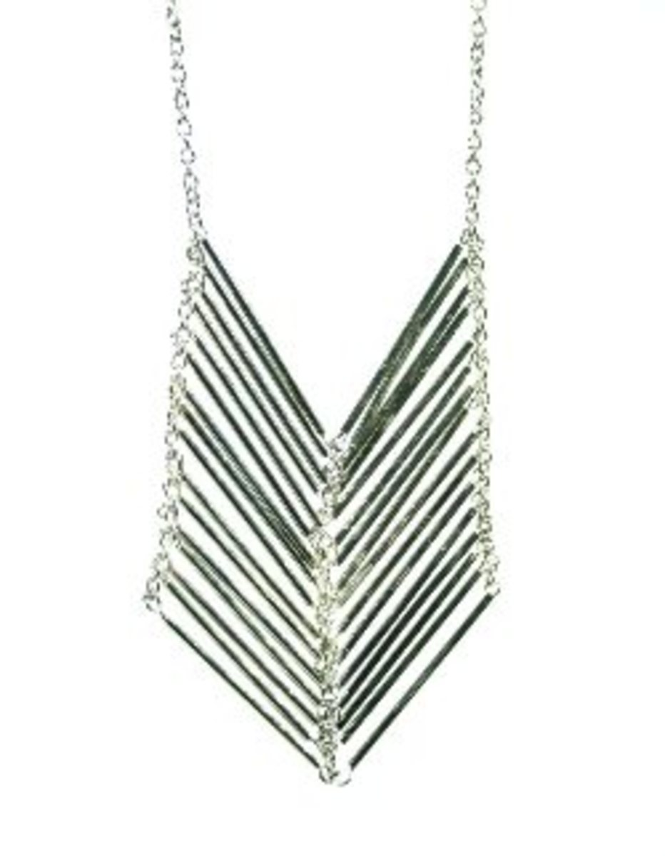 Necklace_Chevron_Silver1_i1