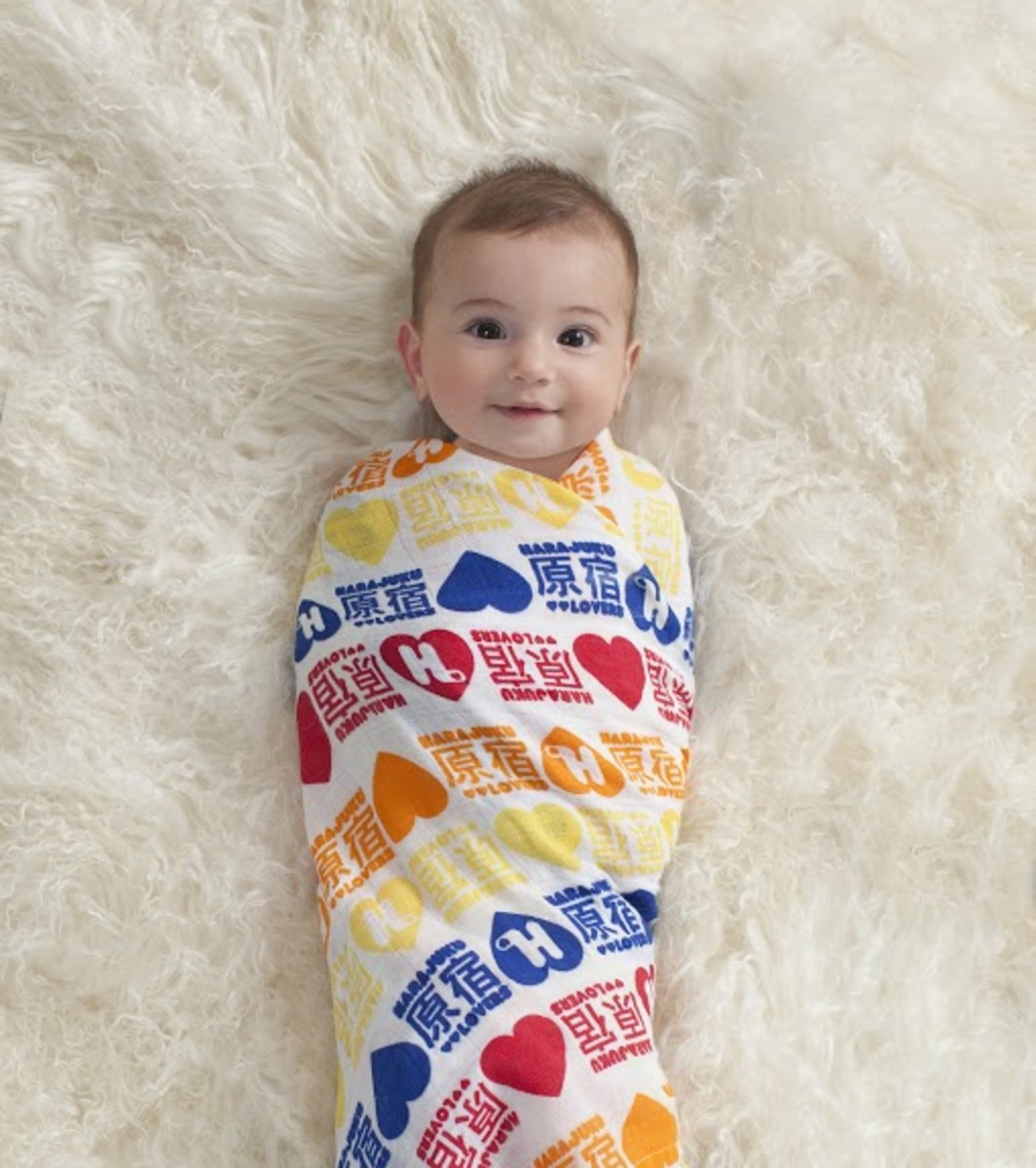 5969_3-organic-swaddle-red-celebrity-gs